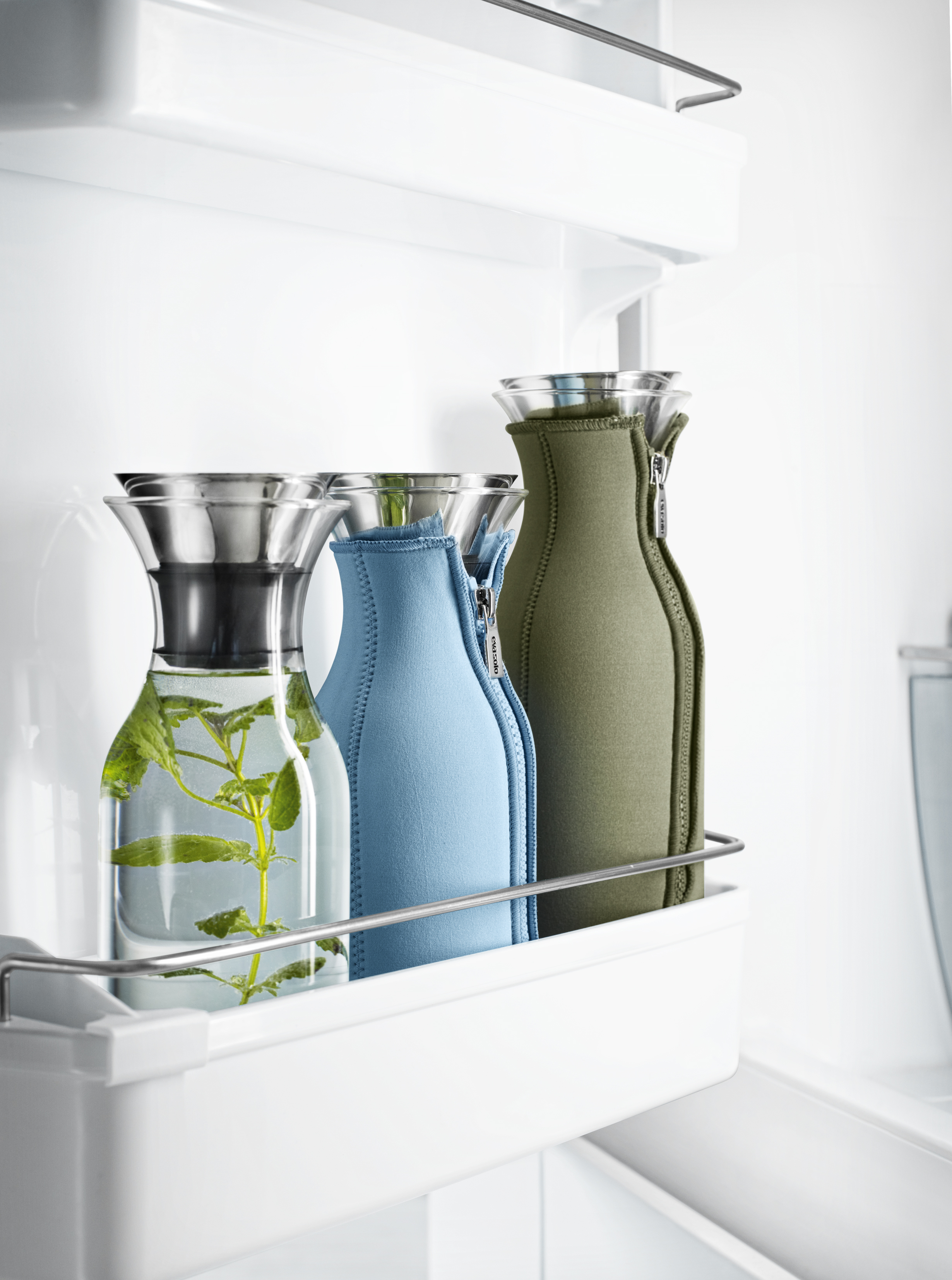 fridge carafes in fridge 568042, 567510